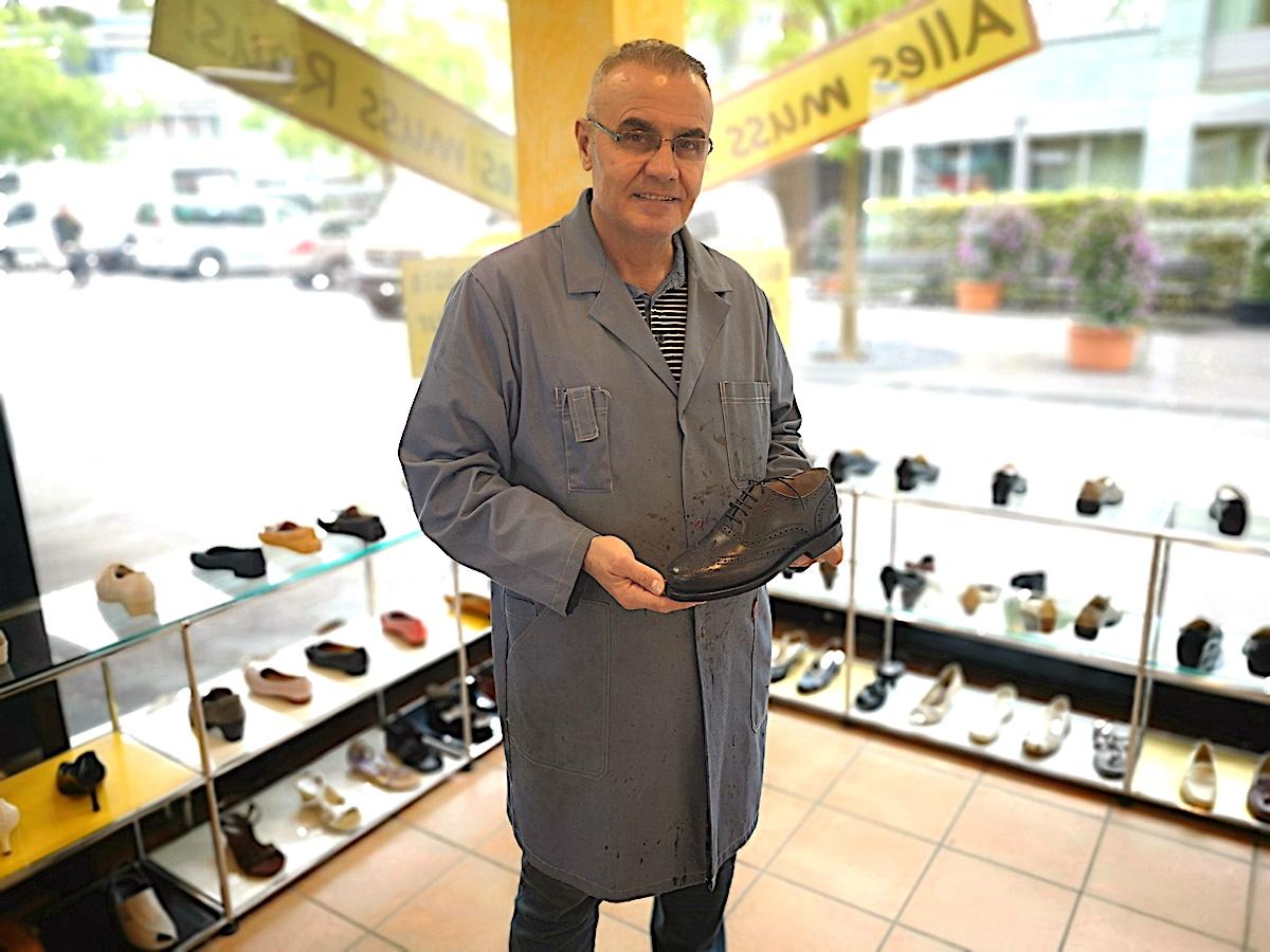 Viele schöne Schuhe hat Joseph Yakoub im Angebot: Jetzt ist Räumungsverkauf.