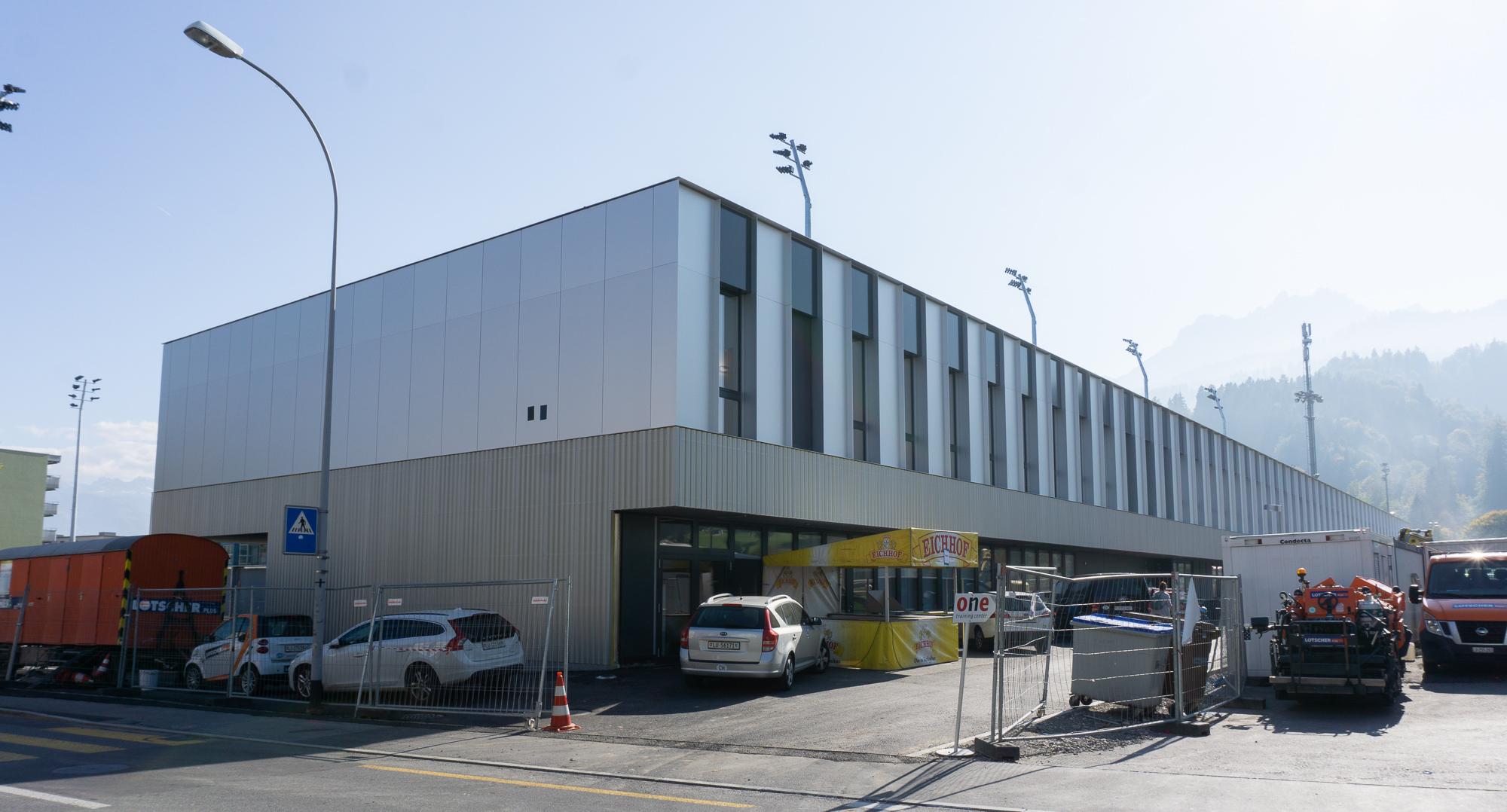 Kleinfeld Stadion.