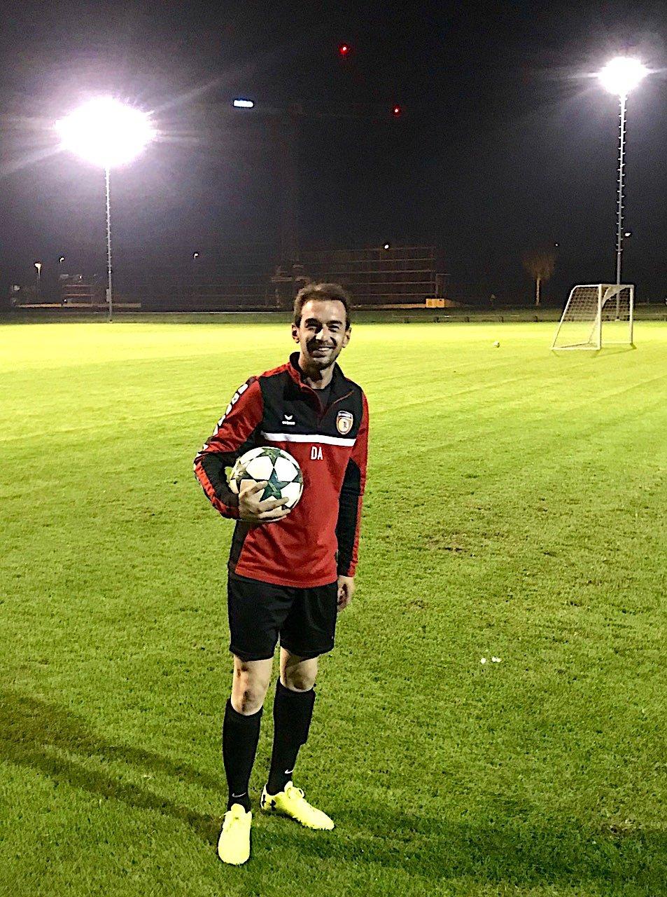 Ein leidenschaftlicher Kicker: Drin Alaj hat jahrelang beim SC Cham Fussball gespielt.