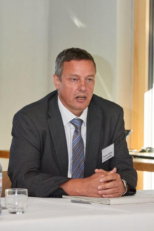 Stefan Hofer ist Mediensprecher der Schweizer Armee.