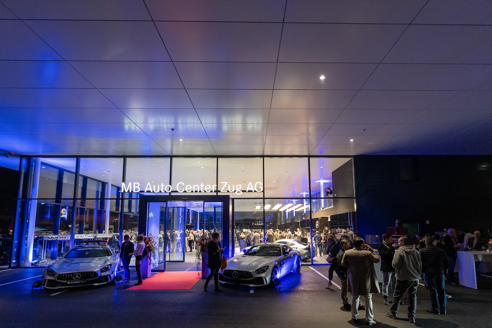 Die neue Mercedes-Benz-Boutique in Steinhausen.