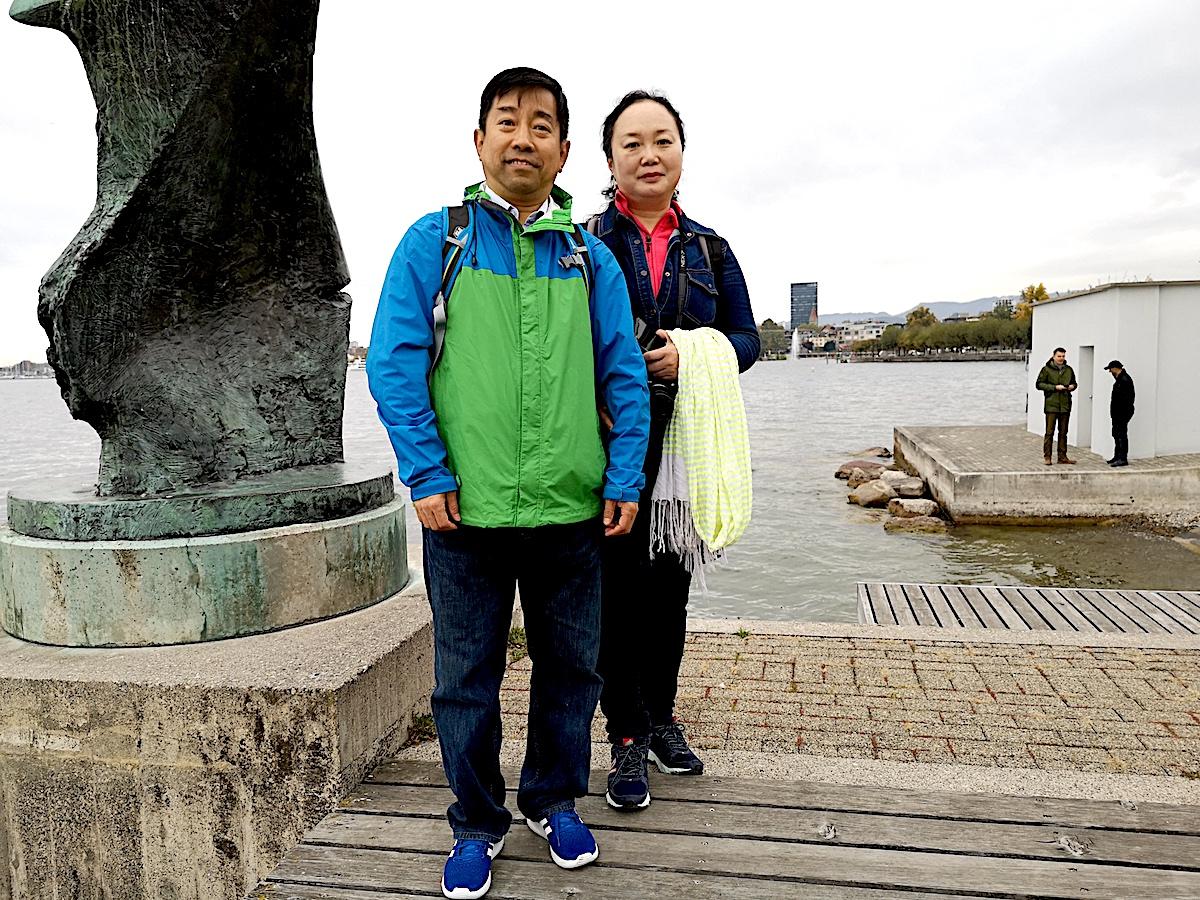 Was für chinesische Touristen die Kapellbrücke in Luzern ist, ist in Zug das Strandbad Seeliken.