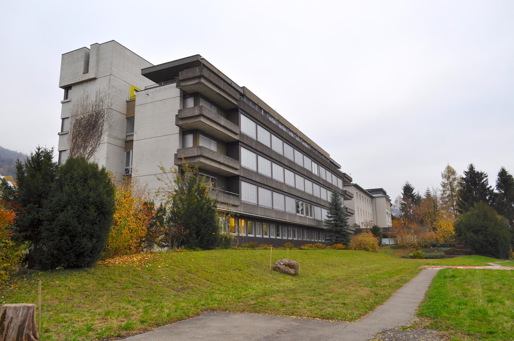 Zentral für die weitere Entwickung des alten Kantonsspitalareals in Zugs Süden: Der Trakt, für den eine attraktive öffentliche Nutzung gesucht wird – nachdem das Projekt eines neuen Kunsthauses vom Tisch ist.