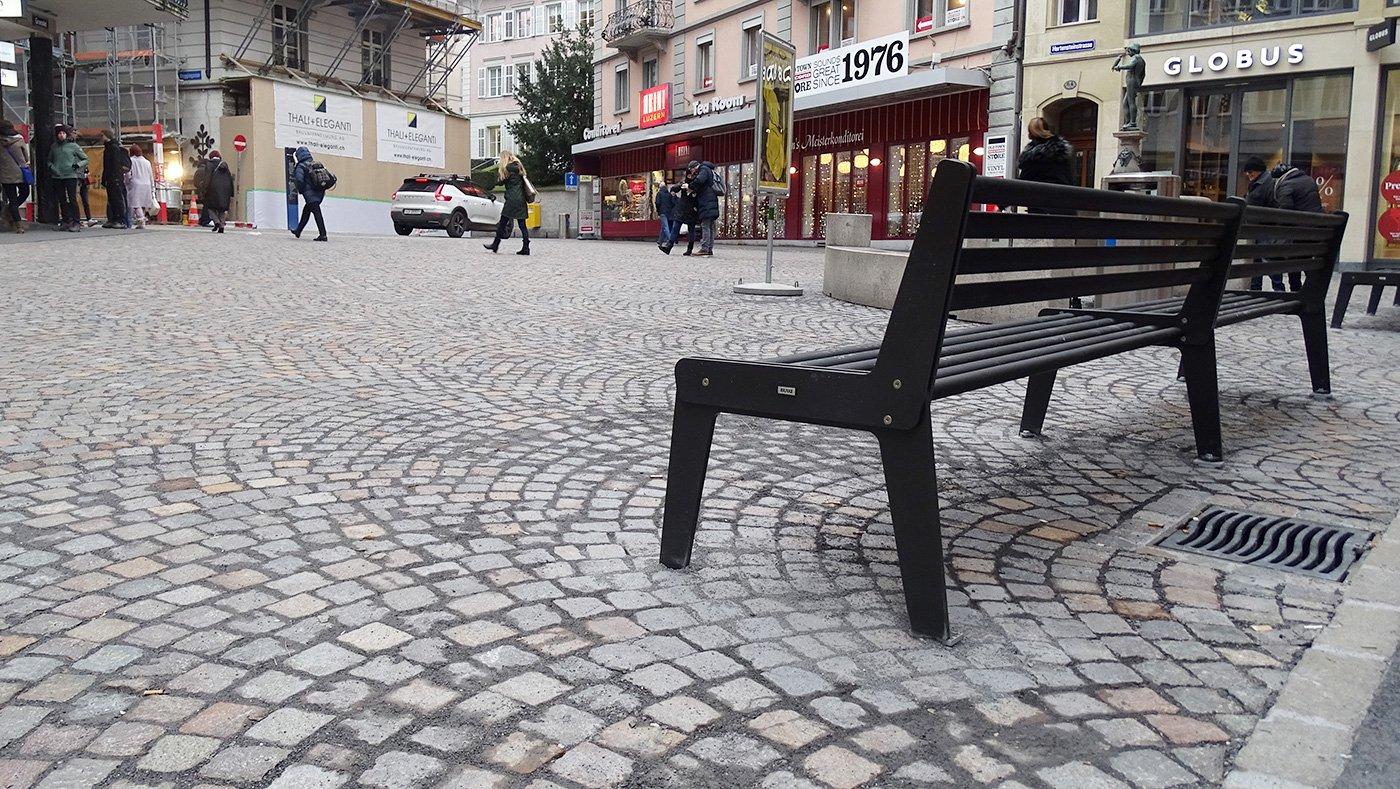 Der frisch gepflästerte Falkenplatz in der Stadt Luzern.