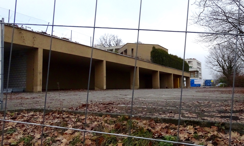 Aktuell ist der Zugang zu den alten Gebäuden abgesperrt.