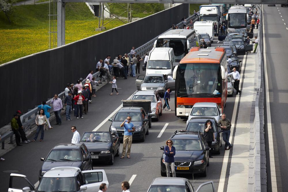 Gotthard tunnel stau aktuell