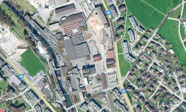 Wohnungen und Gewerbe statt Industrie: das Papieri-Areal in Cham aus der Luft.