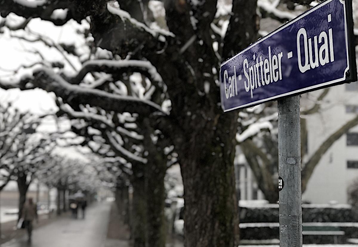Ehre am See von Luzern: der Quai zwischen Palace und Hausermatte ist Carl Spitteler gewidmet.
