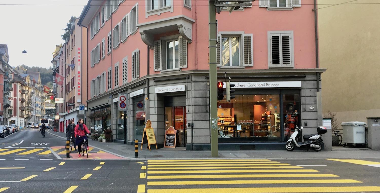 Die Brunner-Filiale am Hirschengraben in Luzern.