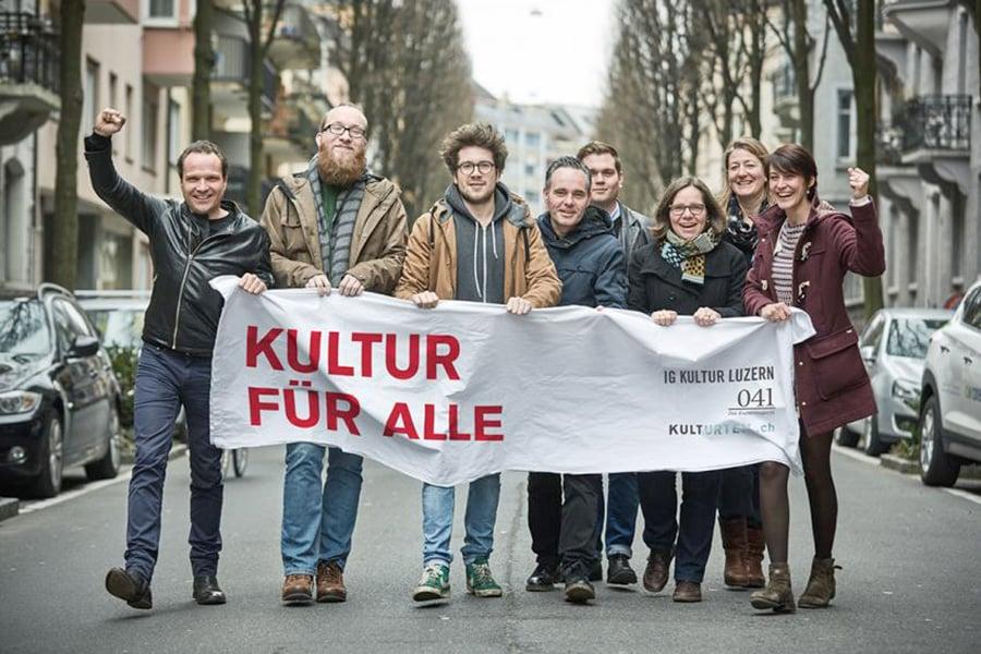 Das Team der IG Kultur – mit Ivan Schnyder im Hintergrund und Eva Laniado ganz rechts.