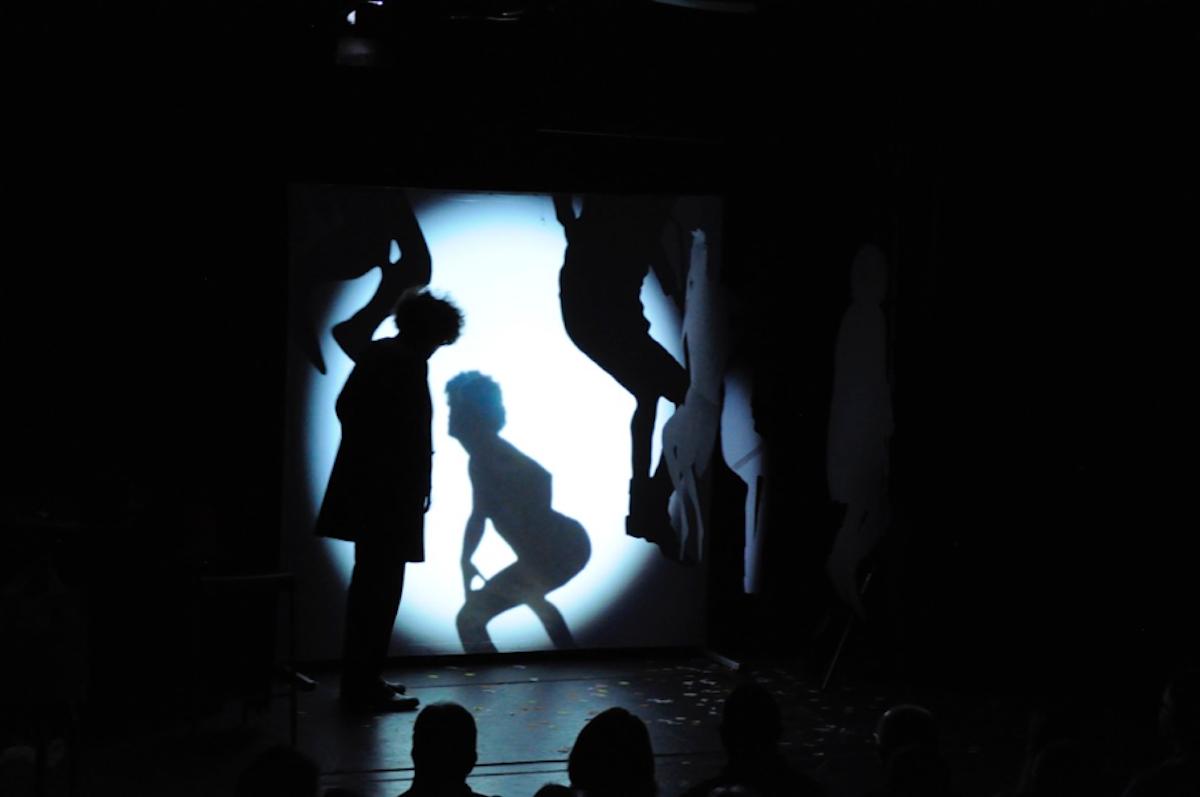 Viele Identitäten:Alex Porter liebt die Verwandlungen, zumal auf der Bühne.