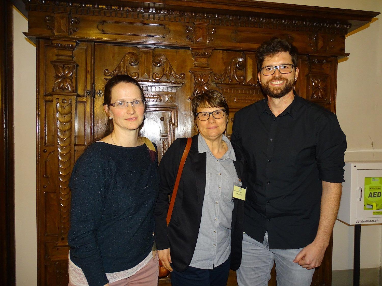 Die drei gehörlosen Gäste im Rathaus.