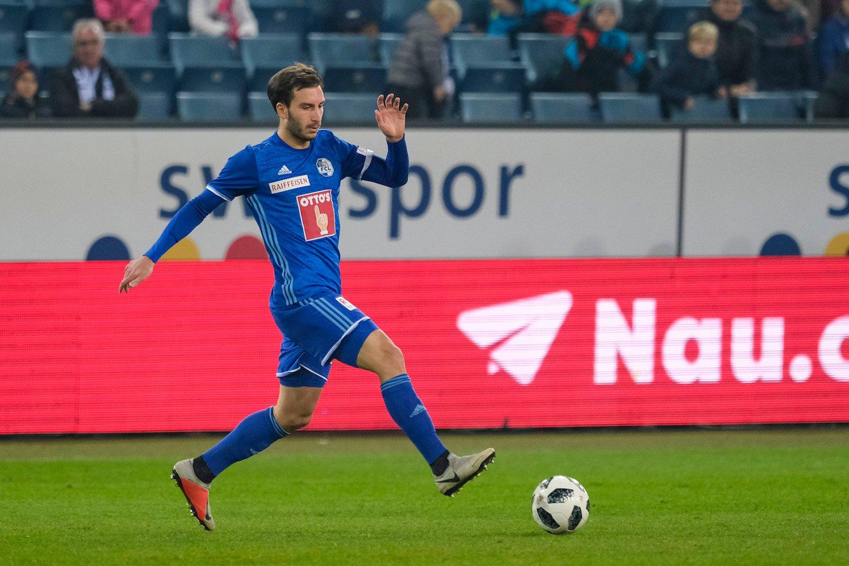 Der Georgier Otar Kakabadze kam bislang nur zu sieben Einsätzen.