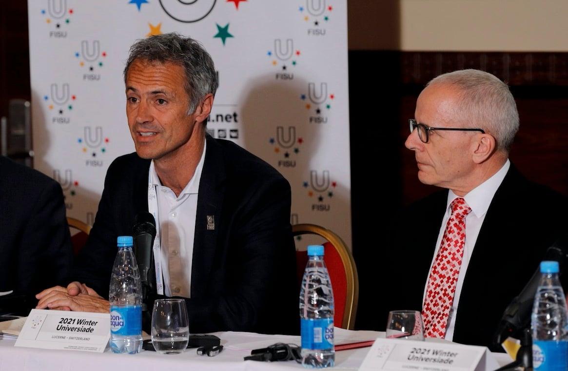Die Zentralschweizer Delegation um Geschäftsführer Urs Hunkeler (rechts) präsentieren die Fortschritte begleitet von Swiss-Olympic-Direktor Roger Schnegg.