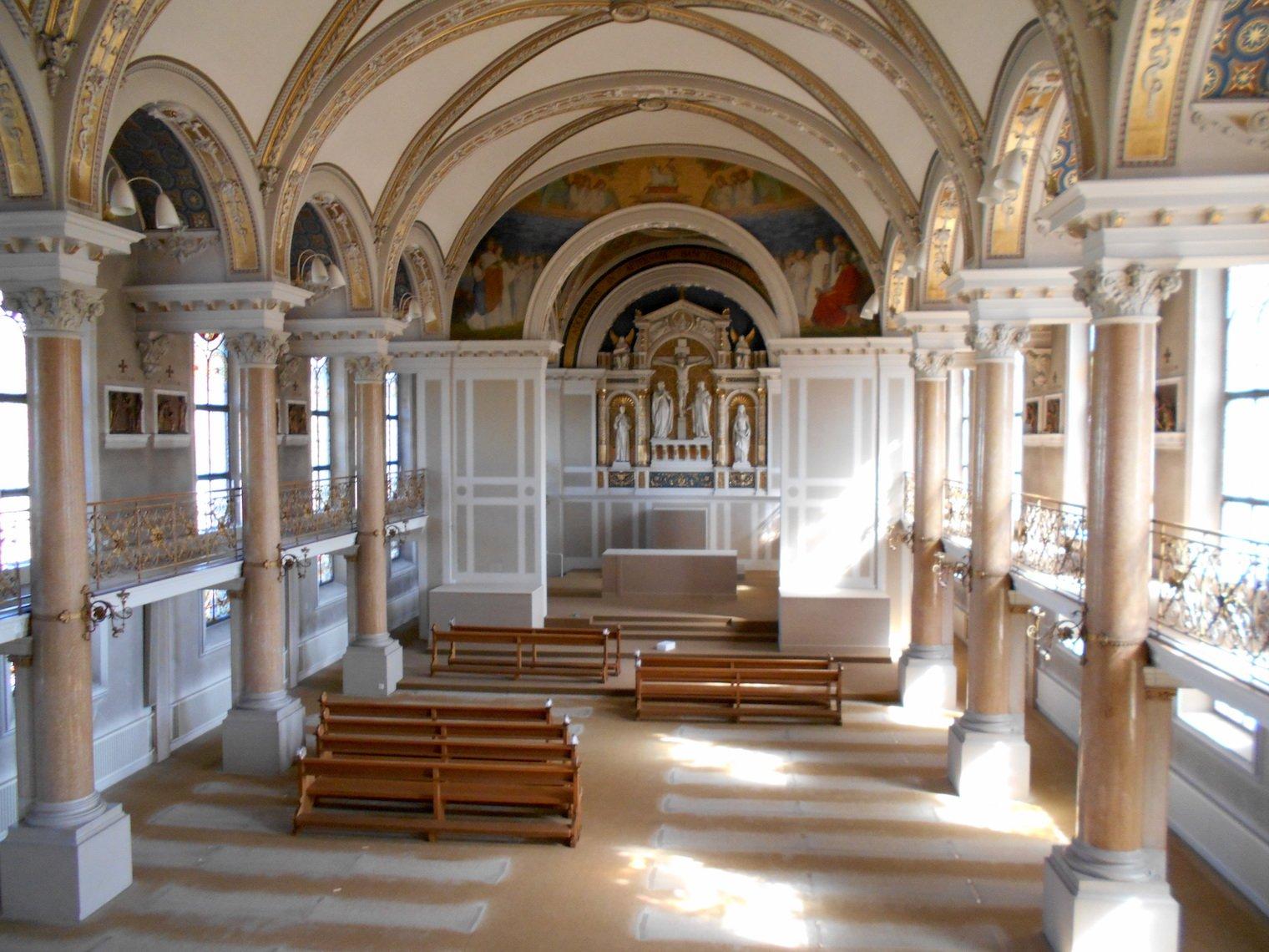 Die Kirche, geplant durch Architekt Augsut Hardegger, wurde 1897 vollendet.