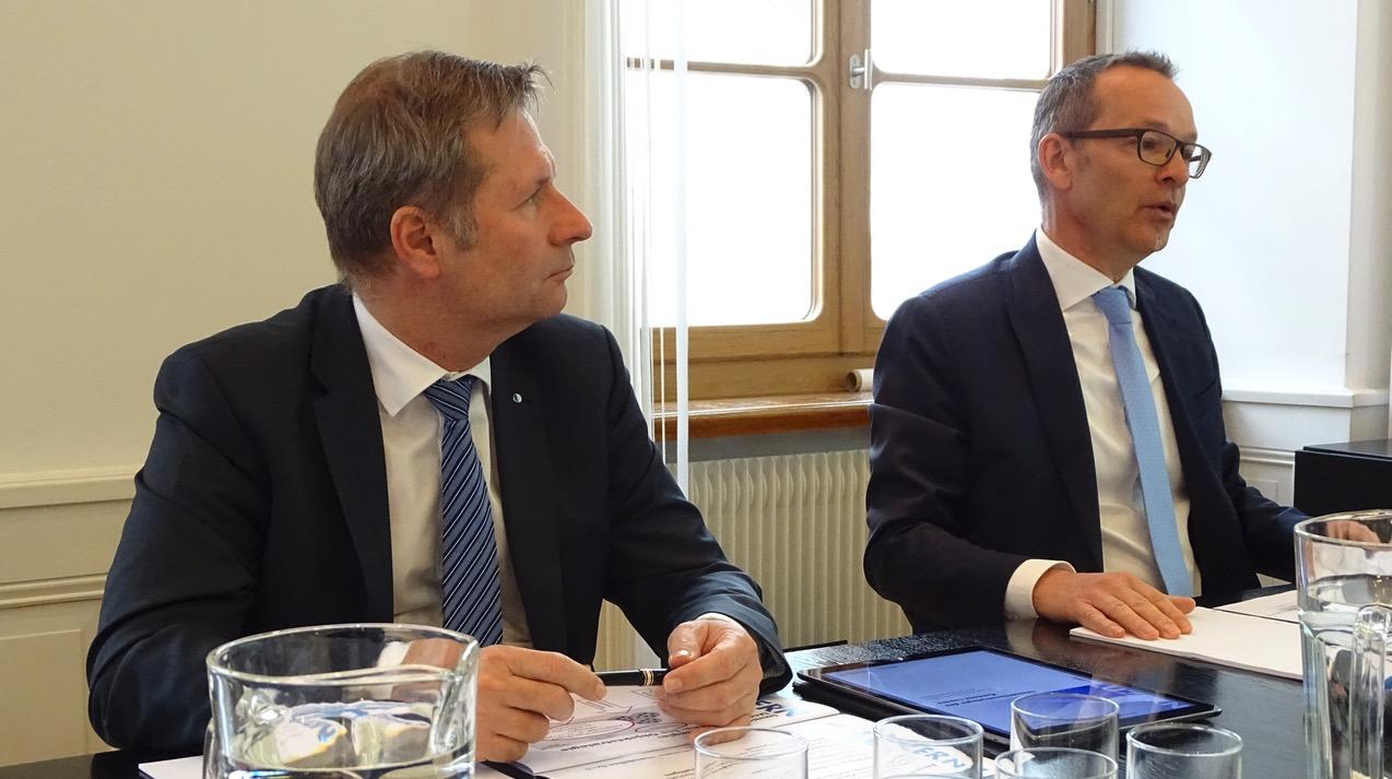 Finanzdirektor Marcel Schwerzmann und Kantonsbaumeister Hans-Urs Baumann stellten die Pläne vor.