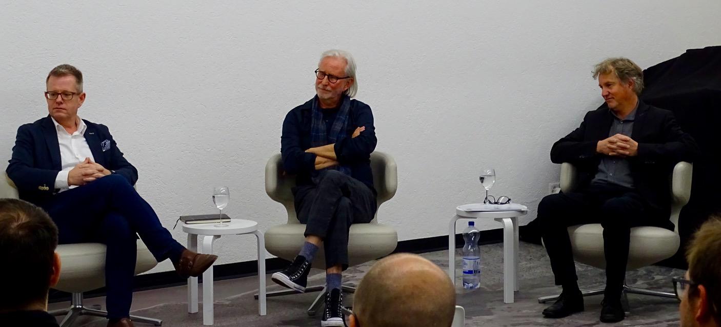 Manuel Schneider, Wada Jossen und Cyrill Wiget an der Podiumsdiskussion.
