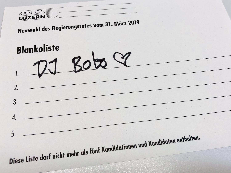 Zum Beweils: Ein DJ-Bobo-Stimmzettel gelangte zu uns.