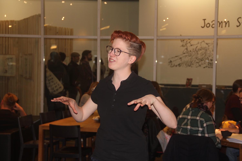 Nadine Jurt von «We Are Cinema» gab zu Beginn eine kurze Einführung, wie Brille und Kopfhörer funktionieren.