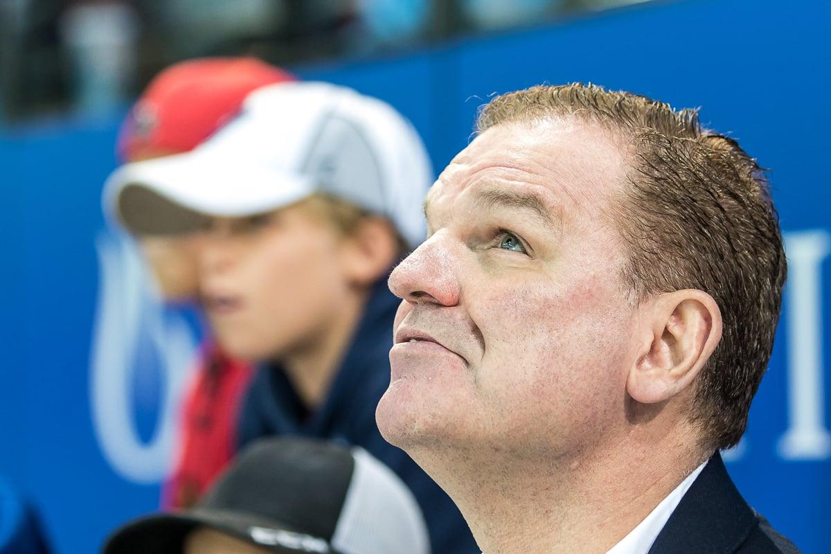 Der Meistertitel mit dem EV Zug stand am Beginn einer schönen Trainer-Karriere von Sean Simpson.
