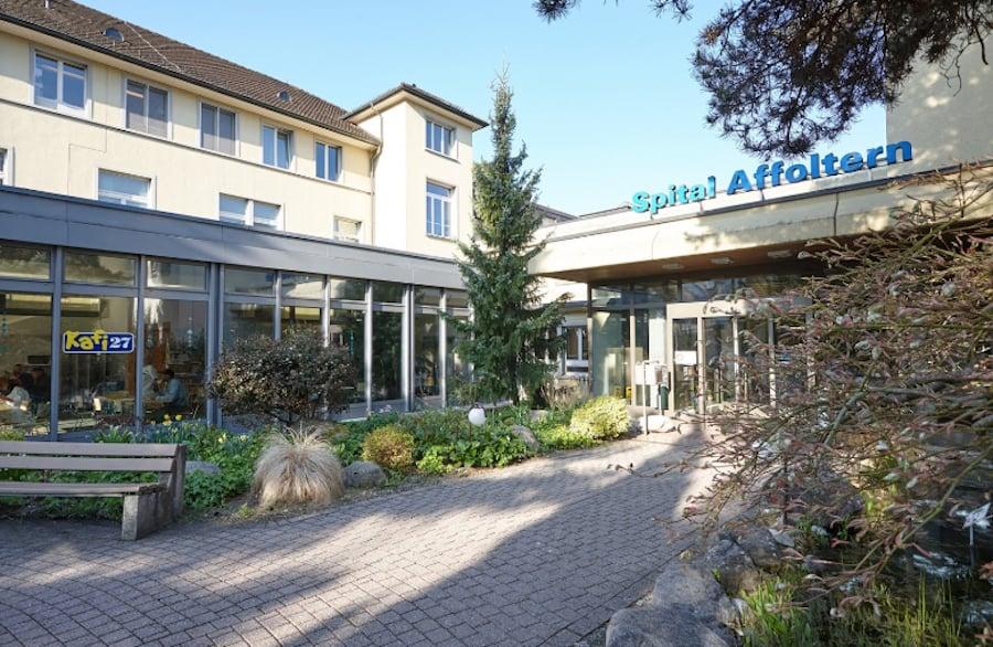 Das Bezirksspital in Affoltern am Albis ist das kleinste öffentliche Krankenhaus im Kanton Zürich.