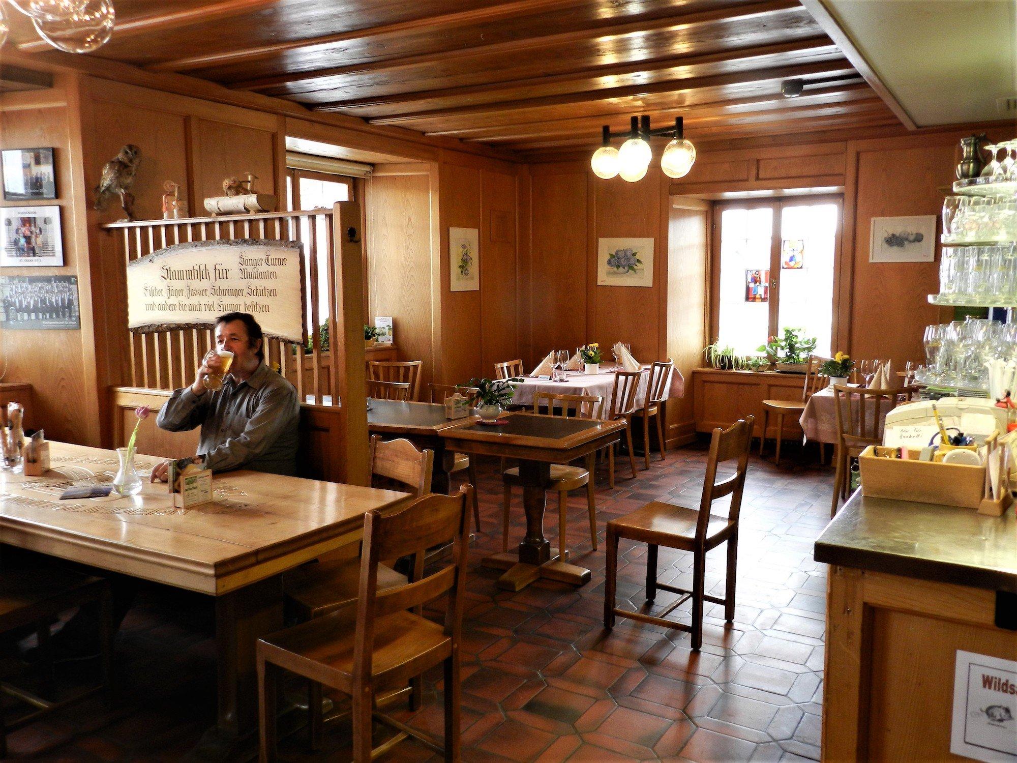 Das Restaurant «Löwen» unterhält noch einen Stammtisch.