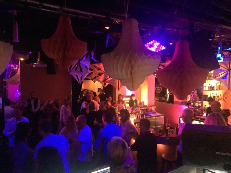 Tanznacht40 im Topas: ein Erfolgsgarant in nicht einfachen Zeit für die Clubs.