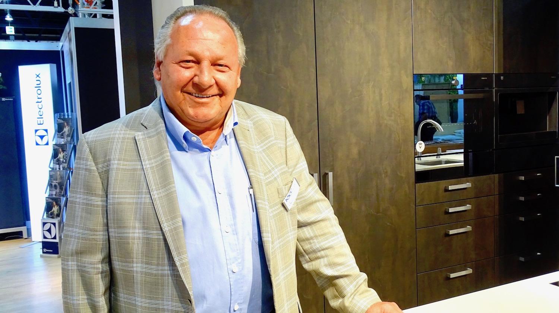 Spürt die Auswirkungen des Online-Handels: Urs V. Meier, Geschäftsführer von Fischer Küchen.