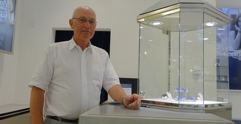 Bruno Iten übernahm die Bijouterie 1981 von seinem Onkel.