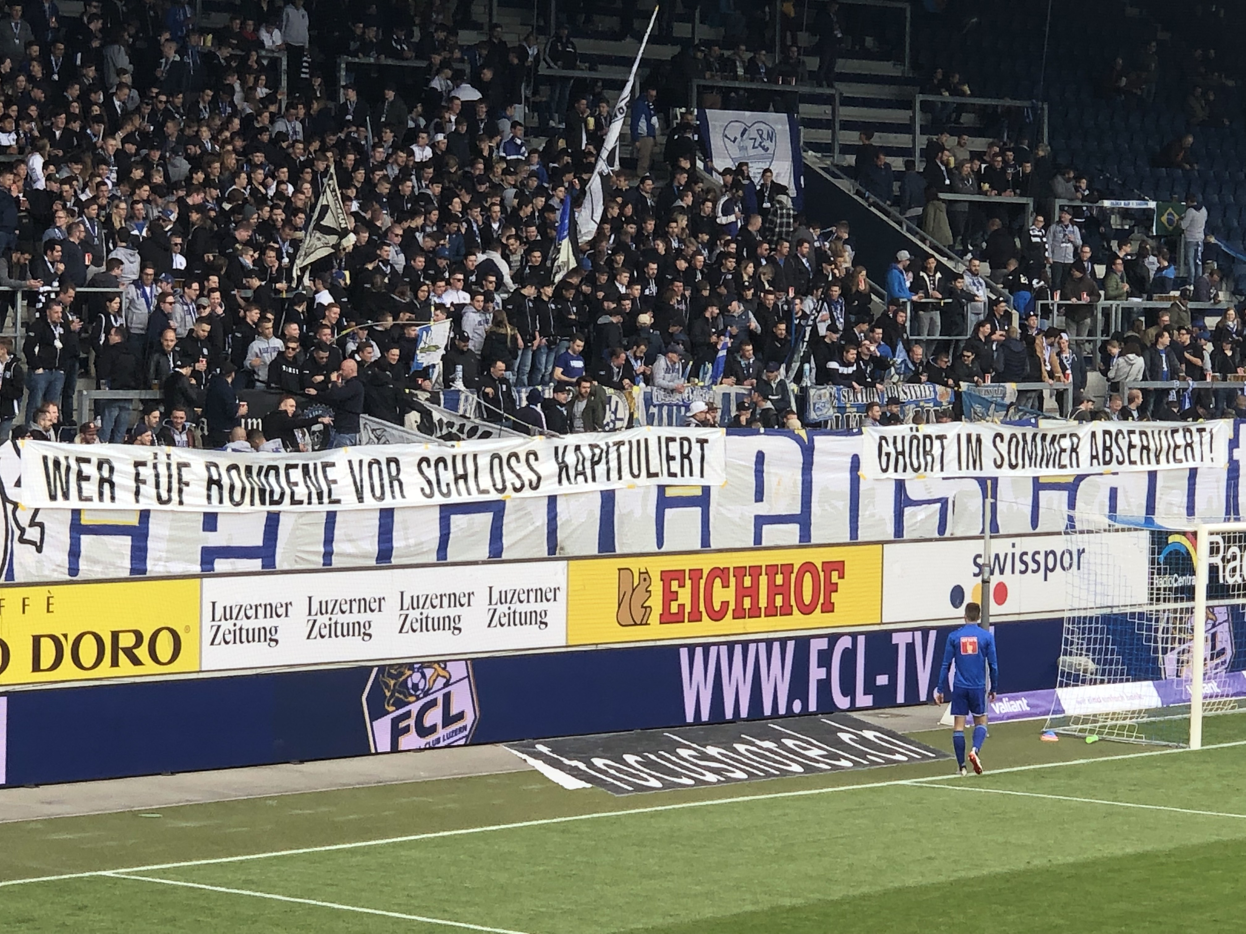 Mit diesem Spruchband verschafften die FCL-Fans ihrem Unmut gegenüber Häberlis Aussagen Luft.