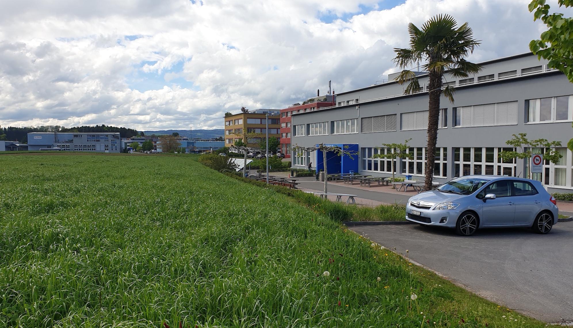 Dieses Land ist eingezont wird aber nicht überbaut: Gewerbegebiet Bösch, Hünenberg.