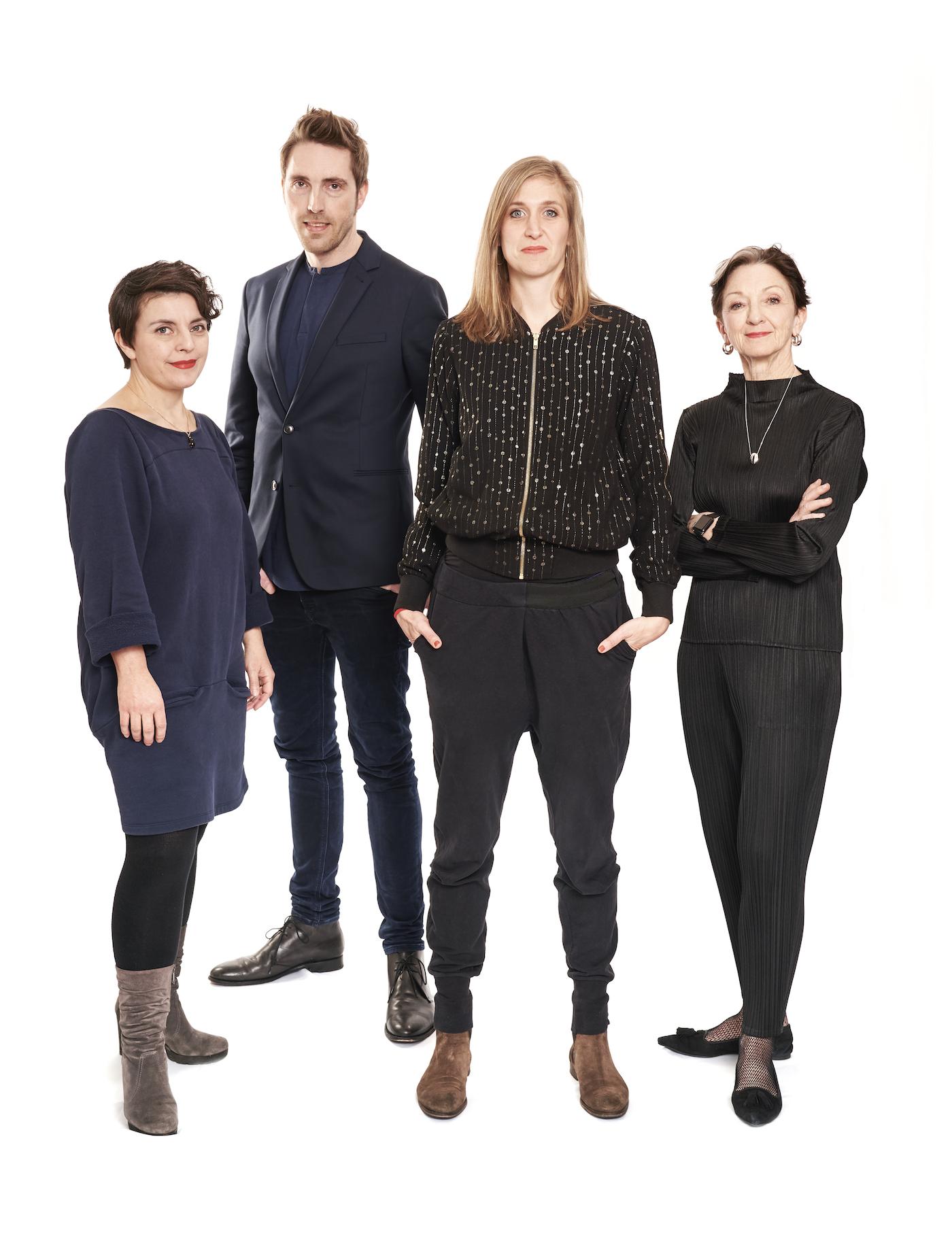 Von links: Johanna Wall (Operndirektorin), Clemens Heil (Musikdirektor), Sandra Küpper (Schauspielchefin) und Kathleen McNurney (Tanzchefin).