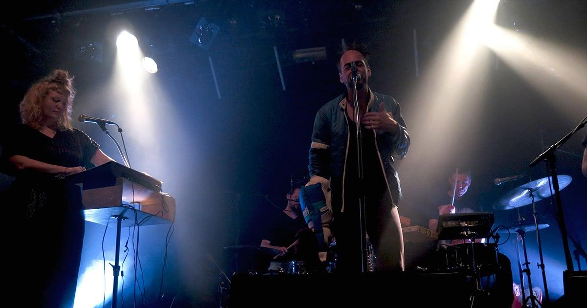 Mit deftigen Beats und dröhnenden Bässen zeigte sich King Pepe und die neugeschaffene Band «The Queens».