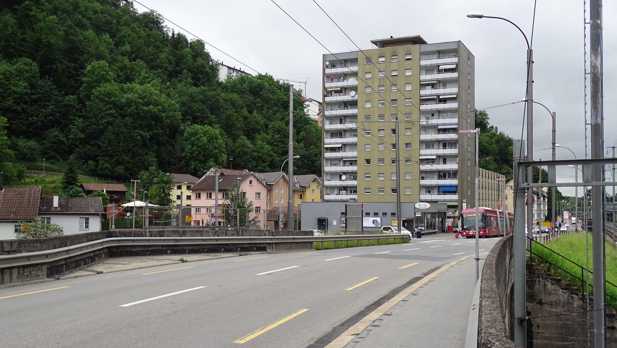 Fluhmühle. Lindenstrasse. Gleise. Spange Nord