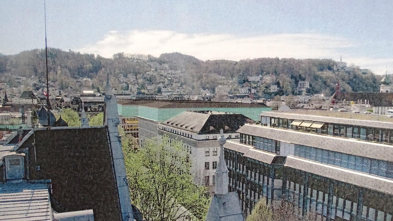 So sähe die Aufstockung der Kantonalbank aus. Dabei wird sie die Höhe der umliegenden Gebäude nicht überschreiten (Visualisierung).