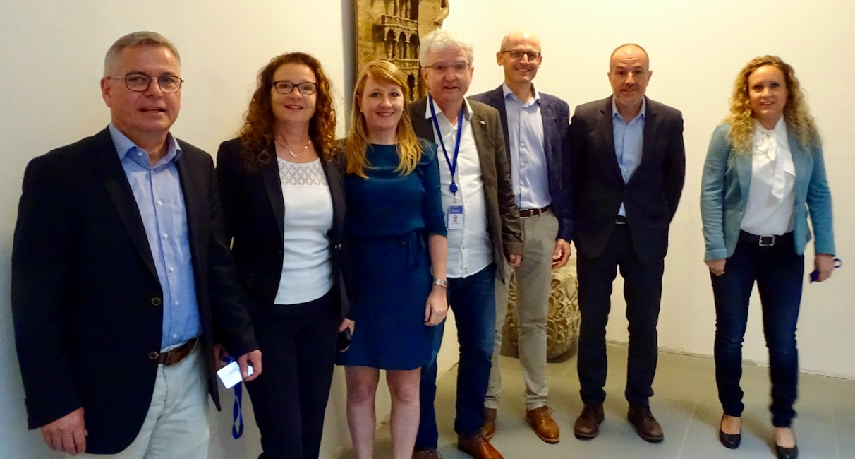 Die Fraktion der Grünliberalen ist gewachsen. Von links: Markus Hess, Michèle Graber, Claudia Huser, András Özvegyi, Simon Howald, Roland Fischer und Angelina Spörri. Urs Brücker kam später.