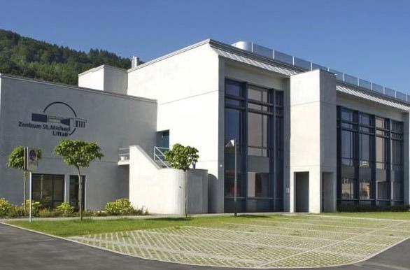 Für einmal ist das Zentrum St. Michael in Littau Austragungsort der Parlamentssitzung.