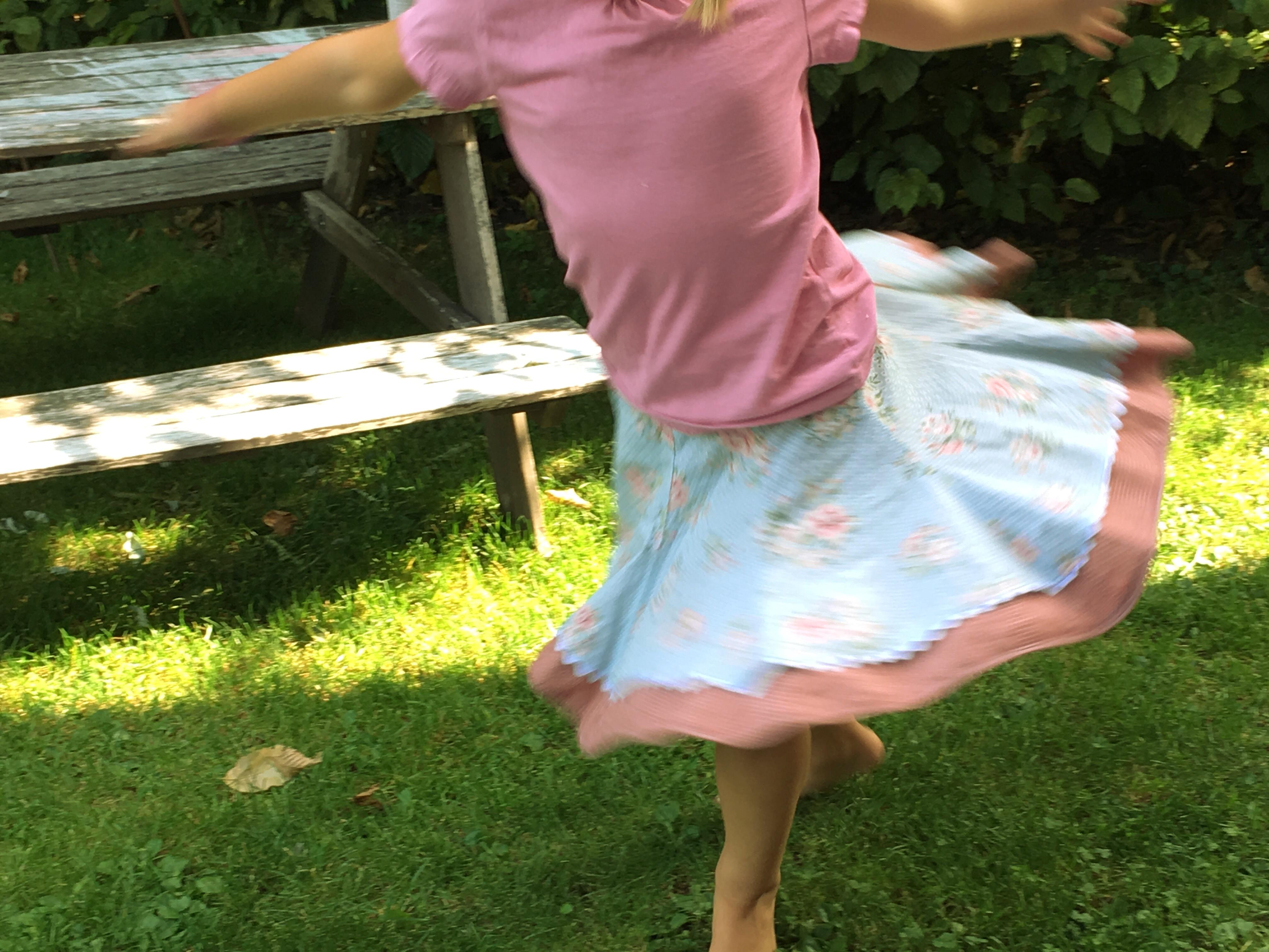 Einfach mal durch den Nachmittag tanzen.