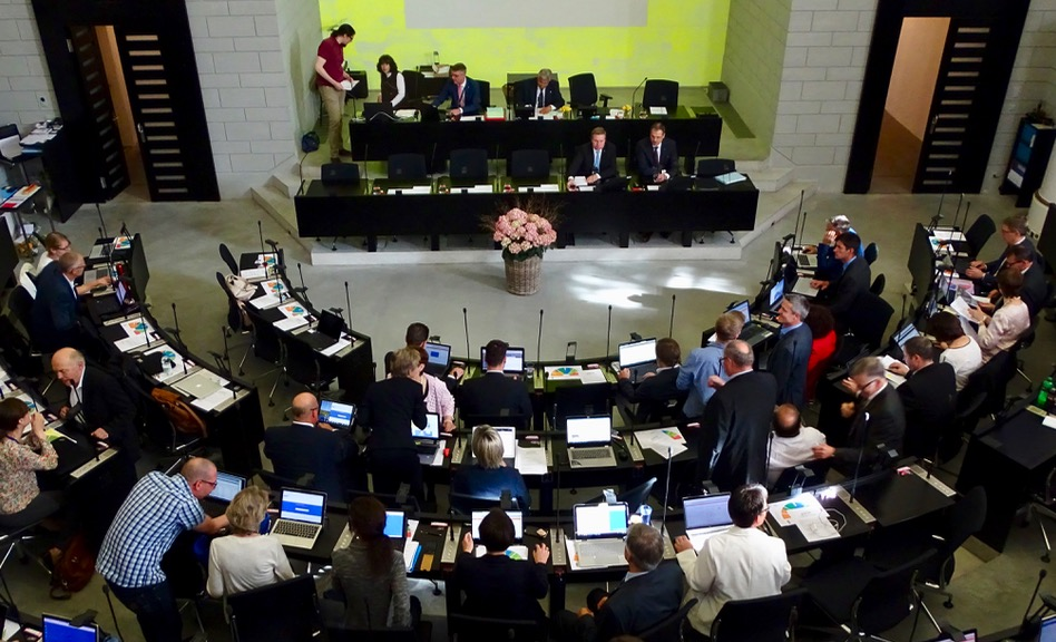 In der ersten Sitzung des neuen Parlaments wurde viel über das Verhältnis zwischen Marcel Schwerzmann und Reto Wyss gemunkelt.